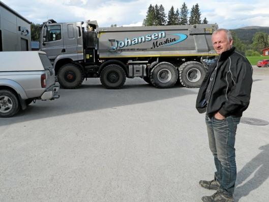 BANEBRYTER: - Du får se en Tatra også på Dyrsku'n, opplyste Jarl-Tore Johansen da AT.no besøkte Johansen Maskin AS i Korgen.