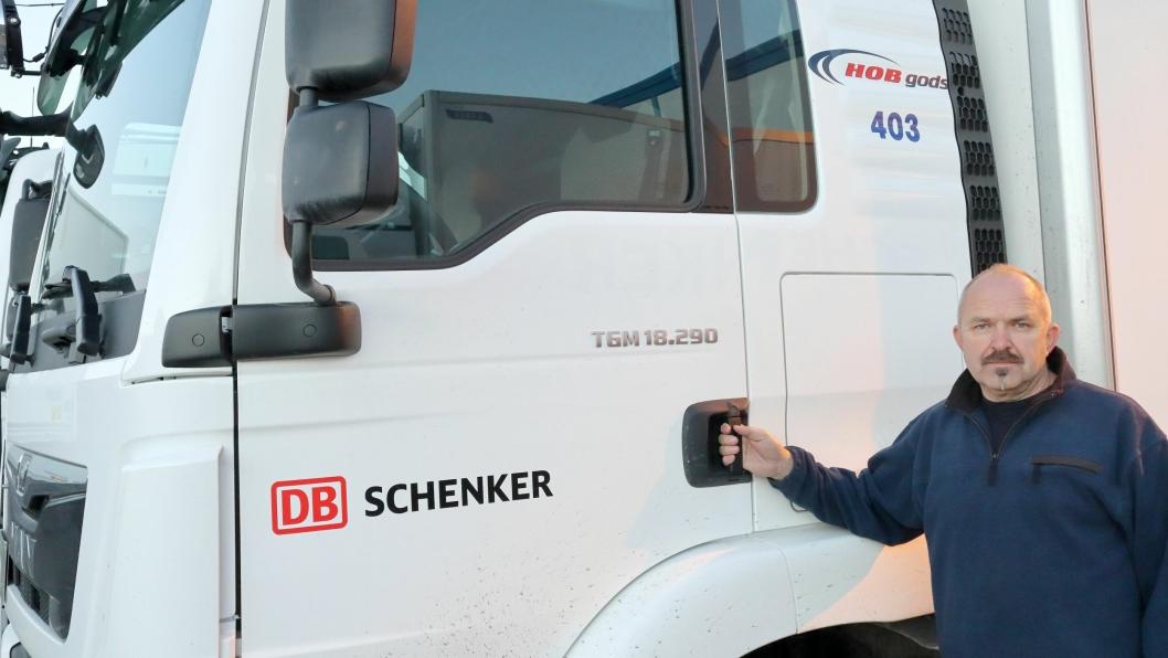 Alle bilene går med DB Schenker-dekor, samt en diskret markering av at det er HOB Gods som eier kjøretøyene og selskapets internnummer. Det er første gang HOB Gods kjøper nye MAN-er, sier daglig leder, Atle Sølberg.