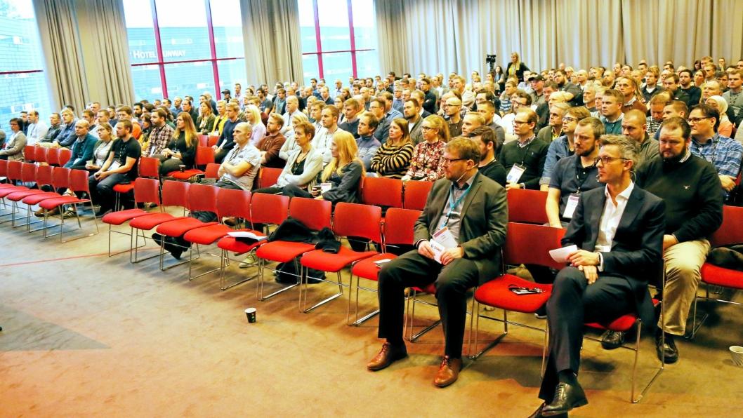 Powel Construction brukerkonferanse på Gardermoen Clarion 12.-13. november 2018. Foran fra venstre:Frode Solem, daglig leder Powel Construction ogTrond Straume, adm. direktør Powel.