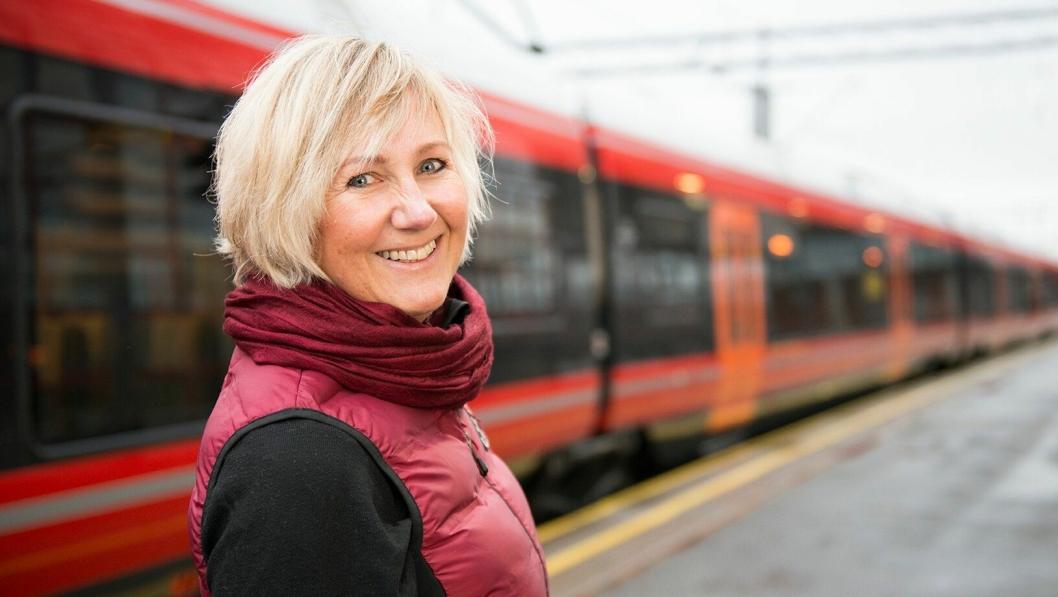 - I årene som kommer skal vi gjennomføre store utbyggingsprosjekter, sier prosjektdirektør i Bane Nor, Stine Undrum.