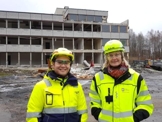 F.v: Prosjektleder Bao Huynh i NCC Building og prosjektleder Mette Kringen i Asker kommune.