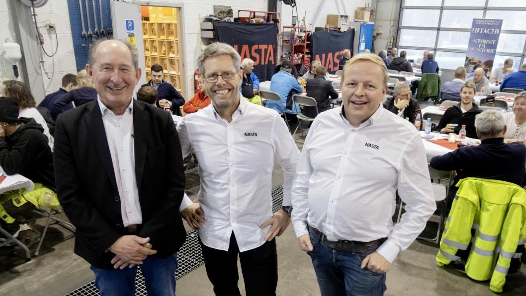 LUNSJ: Fred Partyka (t.v.), Ole Kristian Skauan og Tom Ola Bjerkestuen ved Nastas avdeling på Tuen utenfor Lillestrøm arrangerte julelunsj.