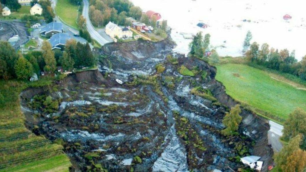 Bildet viser skredområdet ved Solhov i Lyngen kommune (Troms) i 2010.