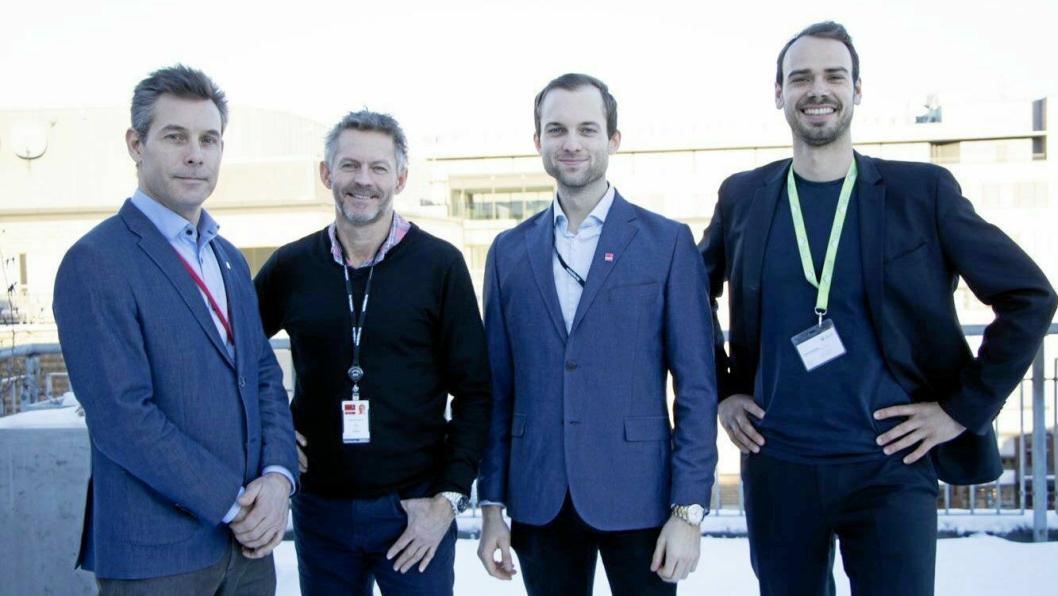 SAMARBEID: Fra venstre: Asle Gjøstein Resi Stikningsansvarlig, Tom Paulsen VDC-ansvarlig, Anders Bodeng Forretningsutvikler-BIM i Veidekke anlegg & Malthe Slemming Country Manager i Dalux.