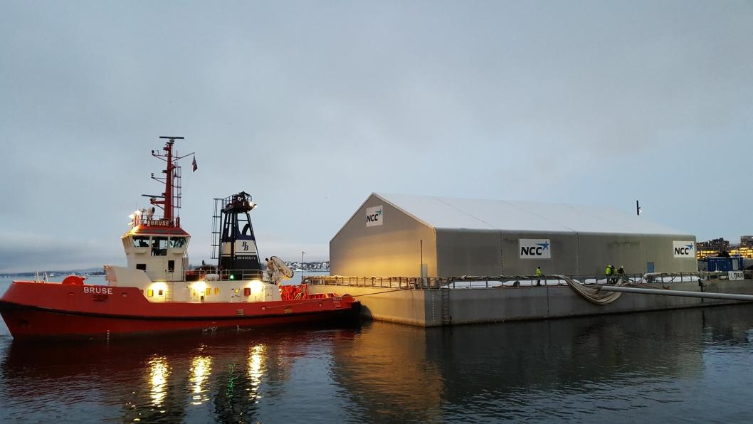 I morgentimene tirsdag 18. desember ble S/S Terje slept inn til Akershuskaia i Oslo Havn.