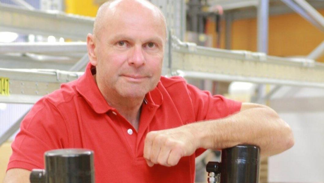 Country Manager Hans-Ronald Hohlweg er fornøyd med at Rototilt AS er på topp i Dagens Næringslivs kåring.