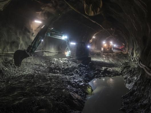 RENSK: Med to tunnelløp er det enklere å drive rensk parallelt med oppbygging av veien og driving like foran.