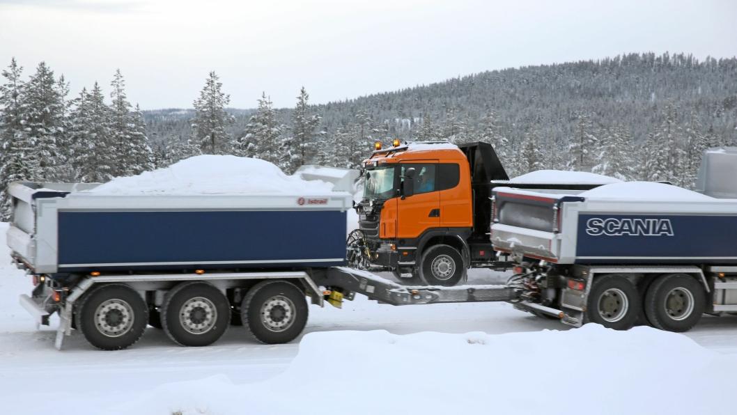 Vegdirektoratet har fått i oppdrag å innføre skjerpede vinterdekk-regler for tunge kjøretøy i Norge innen vinteren 2019/2020.