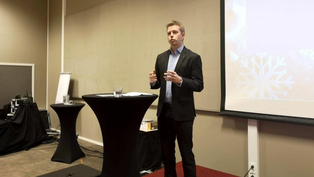 Statssekretær i Samferdselsdepartementet, Tommy Skjervold, på scenen under Arctic Entrepreneur 2019 på Gardermoen.