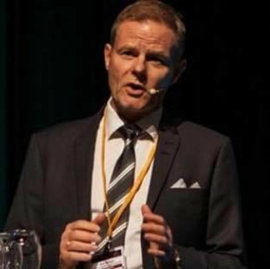Adm. direktør Are Kjensli i NHO Logistikk og Transport vil ha hyppigere og strengere kontroller.