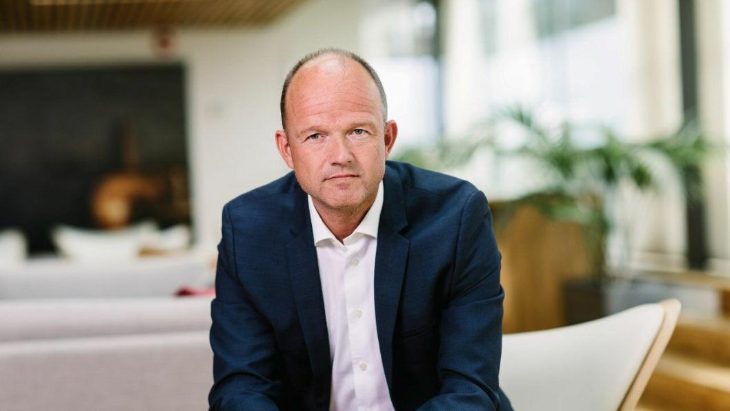 NHO-sjef Ole Erik Almlid går i klinsj med regjeringen om CO2-fondet for næringstransporter.