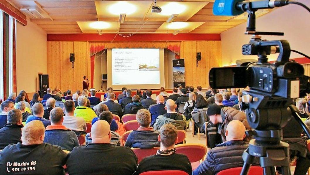 MANGE KOM: Forsvarsbygg inviterte til entreprenørmøte i forbindelse med utbyggingen av Evenes flystasjon.