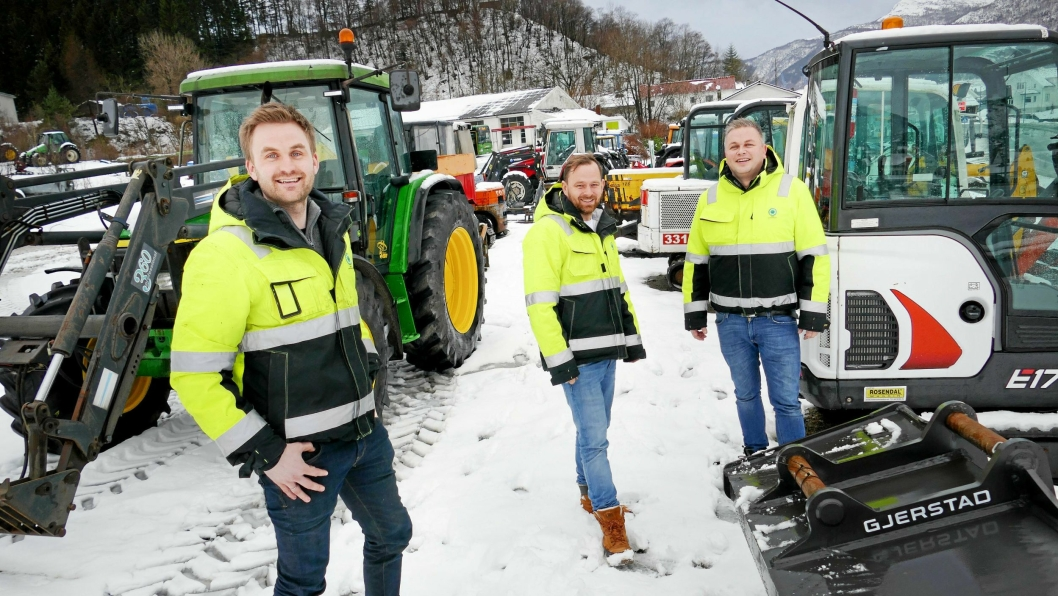 Norsk Maskinformidling har fått ny mann med på laget. Fra venstre: Aleksander Stople, Kristoffer Bjelland og Kjetil Stople.