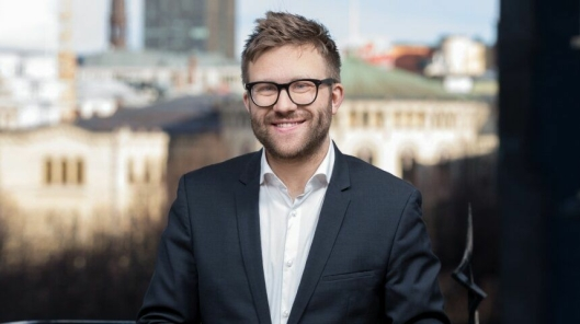 Stefan Heggelund (H) vil ha grundige og gode forhandlinger mellom Regjeringen og NHO om CO2-fondet, helt uavhengig av hva AP måtte mene.