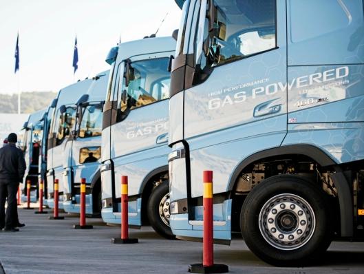 Volvo viser at LNG også er et utmerket drivstoff for anleggsplasser hvor det ofte stilles krav til lavutslipp under anbud. De første eksemplarene av Volvos elektriske lastebiler vil også begynne å rulle ut til kunder i løpet av 2019.