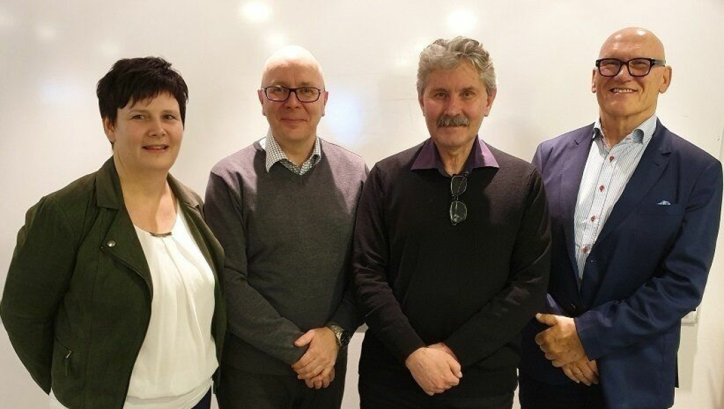 Fra venstre:  Ann Kathrin H. Malmo, leder for Structor Oslo AS avd. Lahaugmoen, Jari Honkanen, styreleder i Bergcon AS, Sverre Sundfær, daglig leder i Structor Oslo AS og Jan Ove Holmen, adm.dir. i Structor Holding AS.