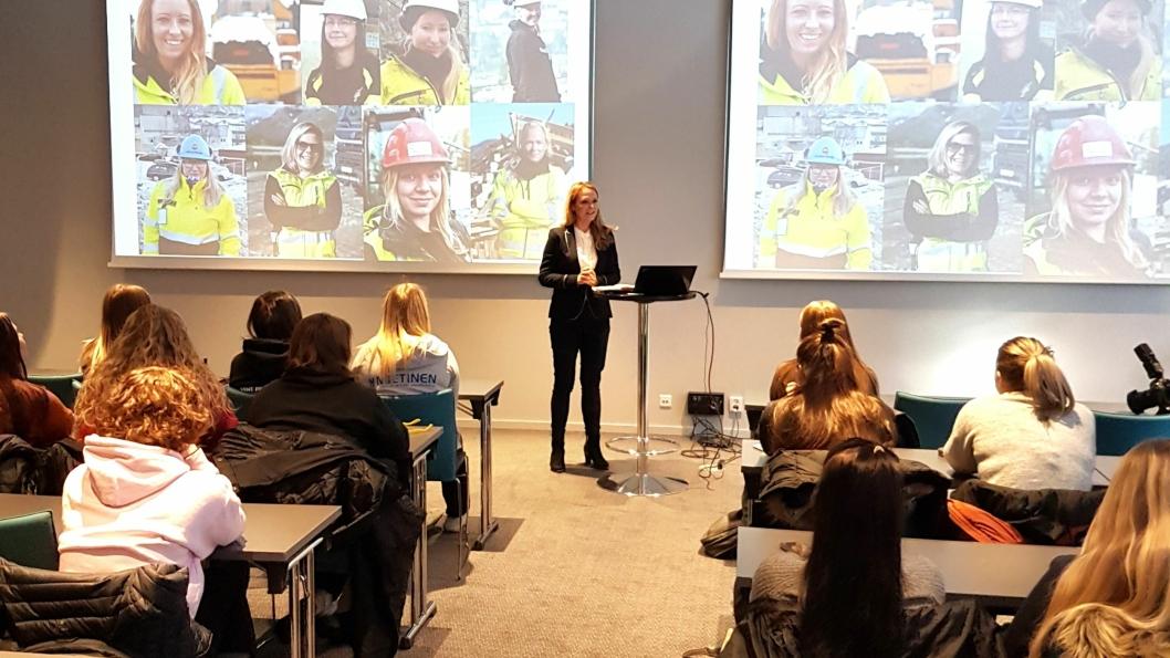 Tidligere barne- og likestillingsminister, nå stortingsrepresentant, Linda Hofstad Helleland, var en av flere kvinnelige ledere som holdt innlegg for lærlingene.