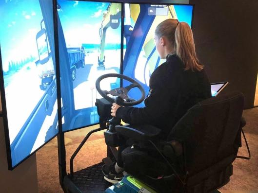 Det var også mulig å føre anleggsmaskin på simulator på samlingen 5. februar.