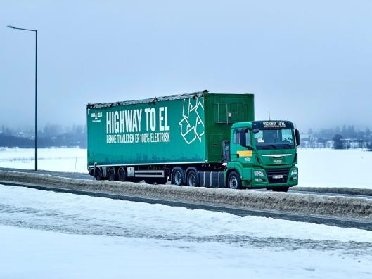 Konseptet Highway to EL innebærer fossilfrie elektriske kjøretøy. Konseptet er lett å legge merke til langs veiene i Oslo-området.