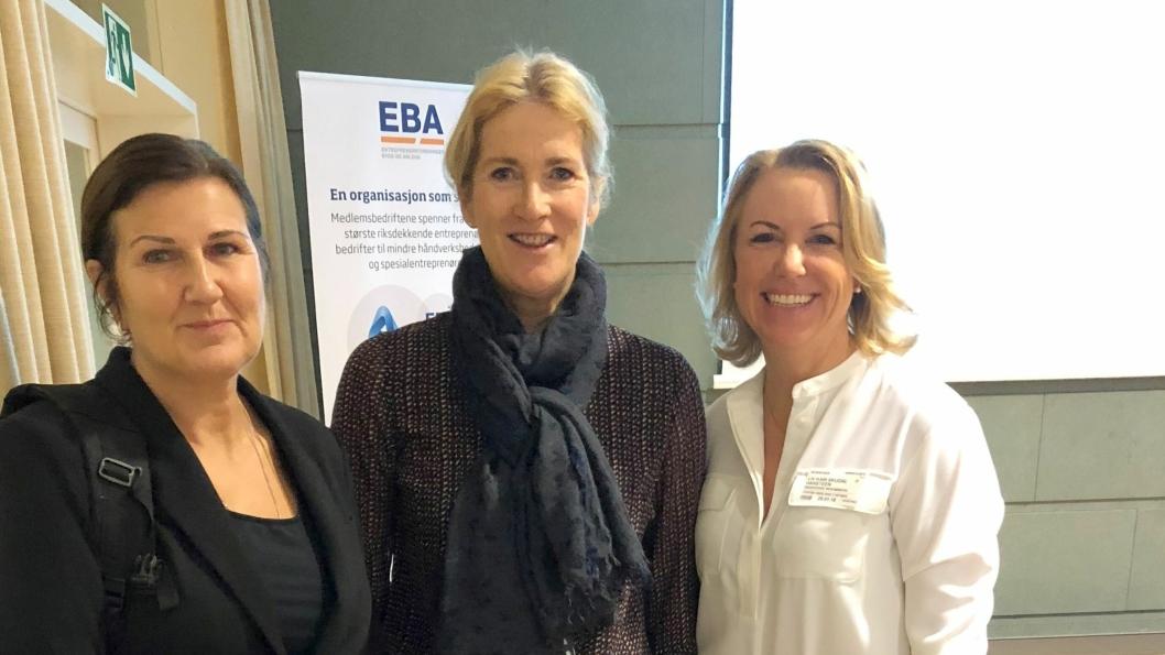 Fra venstre adm. direktør i Nye veier, Ingrid Dahl Hovland, adm. direktør i EBA, Kari Sandberg og Liv Kari Skudal Hansteen, adm. direktør for Rådgivende Ingeniørers Forening.