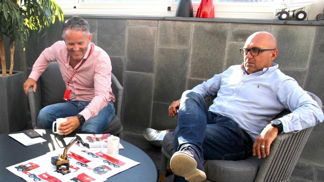 Styret i Risa AS og Bjørn Risa (t.v.) har full tillit til arbeidet Trond Viding Tvedt har gjort den tiden han jobbet i selskapet.