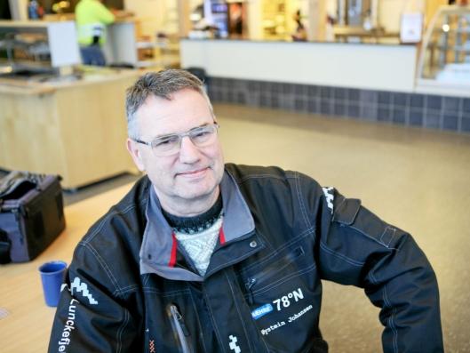 - Det er fint å være tilbake på Svalbard, sier driftsleder Øystein Johansen, Hæhre Entreprenør AS.