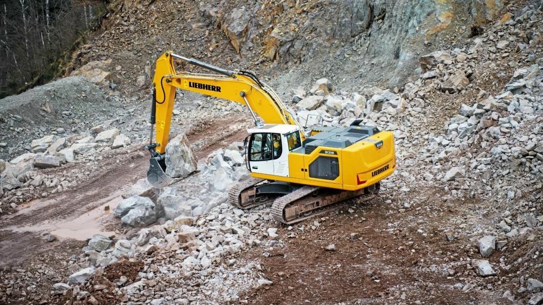 NY: 38-tonneren R 938 er en av syv nye gravemaskiner (22-45 tonn) fra Liebherr.