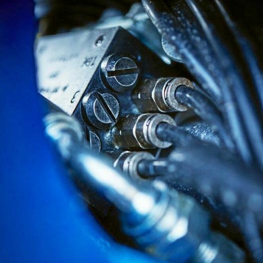 OLJE: FOC kalles systemet til SMP for automatisk kobling av oljetilførselen mellom feste og redskap.