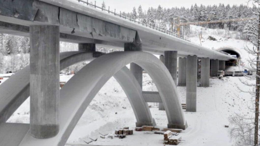 Det er avdekket brudd på kontrakt i to prosjekter, blant annet på E134 Trollerudmoen - Saggrenda i Buskerud. Illustrasjonsfoto fra anleggsdrift på E134 Damåsen- Saggrenda.