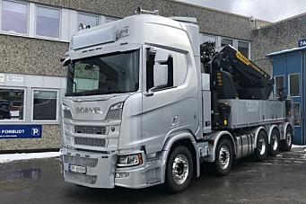 Gigantisk lastebilkran - på 200 tonnmeter