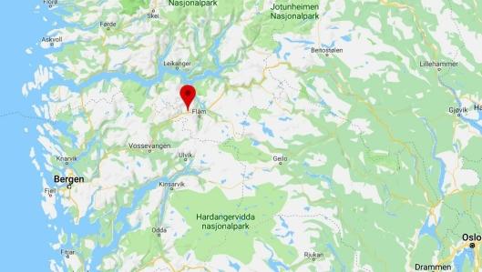 Det har brent tyngre kjøretøy før i Gudvangatunnelen på E16 sør i Sogn og Fjordane (merket). Og natt til lørdag 30. mars skjedde det igjen.