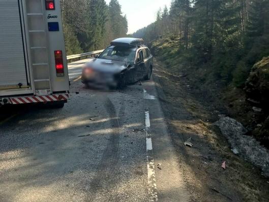 Personbilen som kolliderte med vogntoget var heller ikke kjørbar etter sammenstøtet.