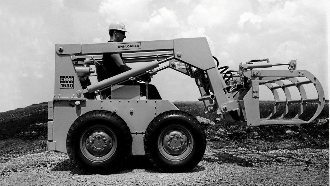 50 ÅR: Den første kompaktlasteren fra Case, Uniloader 1530, som ble lansert i 1969.