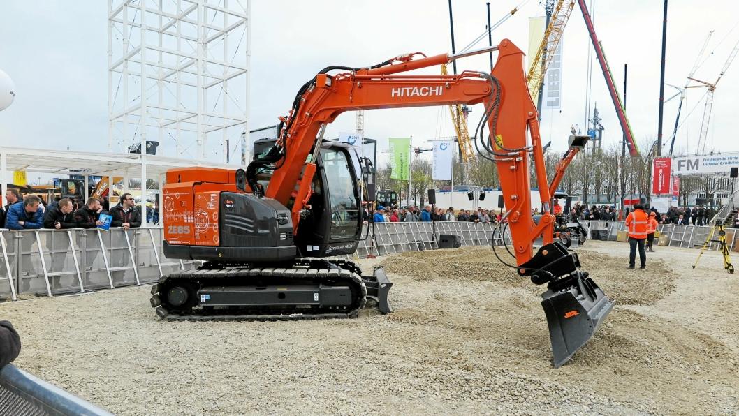 Hitachi demonstrerte den batteridrevne 8-tonneren Hitachi ZE85 på Bauma 2019.