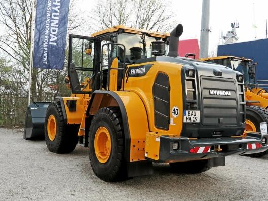 PREMIERE: Hyundai valgte å legge verdenspremieren av hjullasteren HL960A på Bauma.