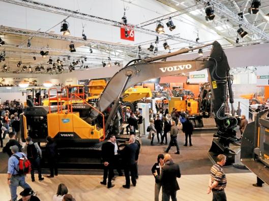 Volvo viste en EC300E Hybrid på Bauna-standen i München, selv om maskinen ikke er kommersiell klar.