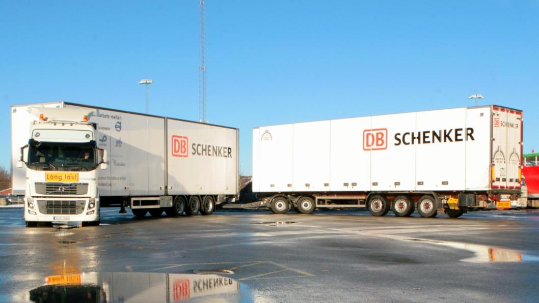 Et 32 meter langt DUO2-vogntog vil ha dobbelt så stor lastekapasitet som en vanlig semitrailer.