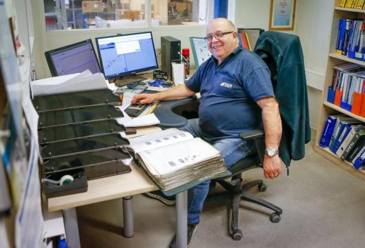 STORTRIVES: Alf Austad jobber gjerne langt utover pensjonsalderen, men kun hos TTI!