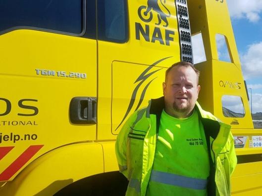 Frank Robin Furuhagen og hans team er kåret til best på kundeservice i Norge i 2018 blant NAFs medlemmer når det gjelder NAF Veihjelp.