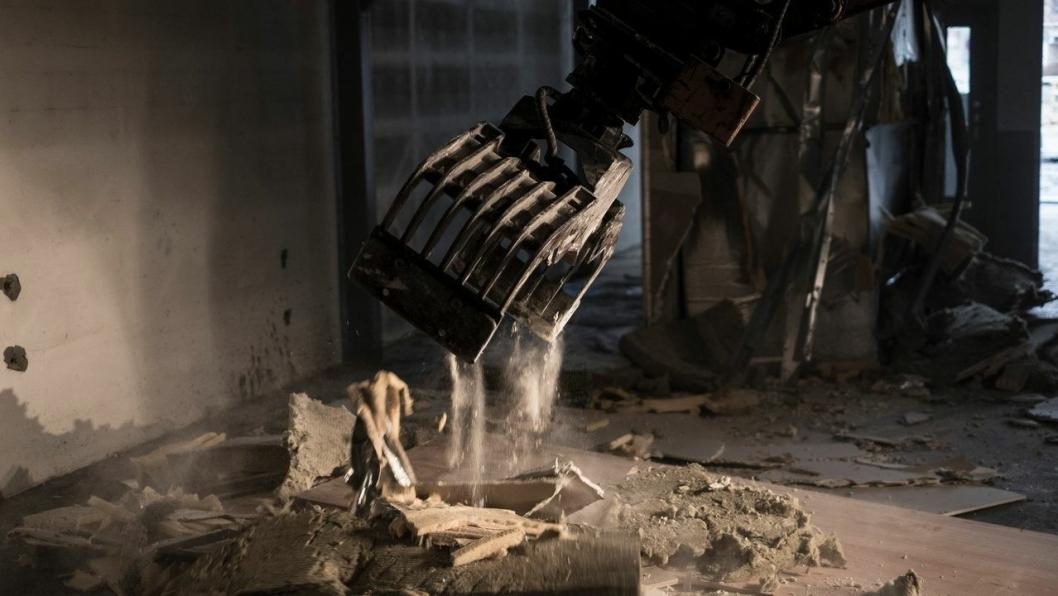 Norprodukter har spesialisert seg på innvendig rivning og saneringstjenester av bygg i drift.