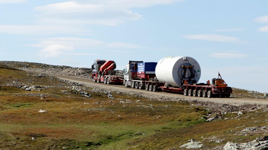 Veidekke fikk andre trinn av vindparkprosjektet på Raggovidda i Finnmark. De hadde også det første trinnet. Bildet er fra en vindturbintransport som AT.no var med på for ca. fem år siden på første trinn.