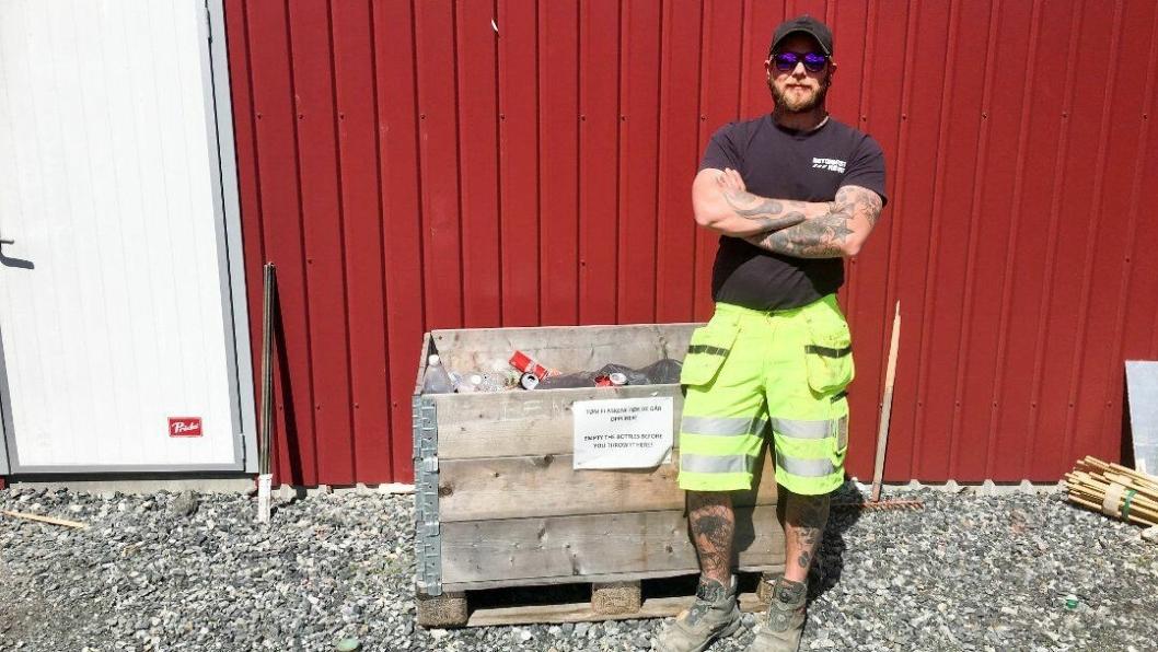 Thomas Braaten er en av de 400 arbeiderne som har vært med på panteaksjonen til inntekt for Barnekreftforeningen i Telemark.