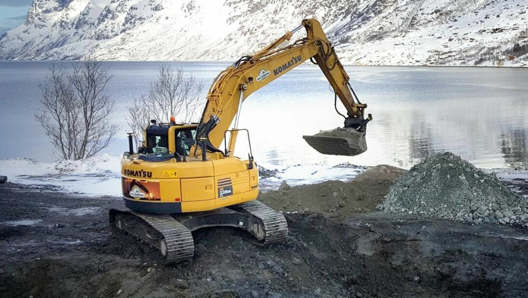 Maskinentreprenør Herbjørn Nilssen AS har mange graveoppdrag i og rundt Tromsø. Nå har de sikret seg arbeid i mange år fremover.