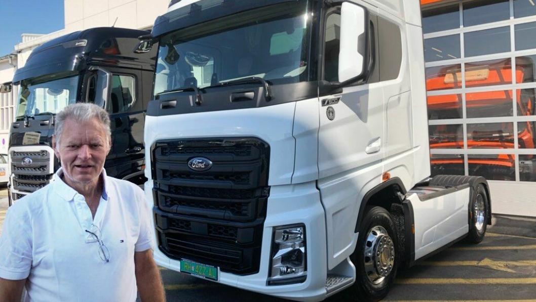 Eier av HK Solberg AS i Kristiansand, Steinar Solberg, hentet denne trekkvogna, en Ford F-Max, i Kroatia i juli 2019.
