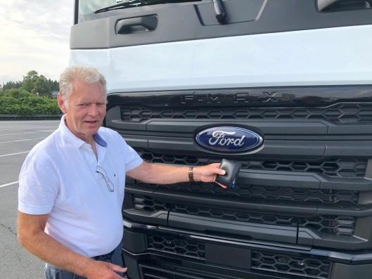 Denne fronten kommer til å vekke oppsikt i Norge. Spesielt fordi det vil stå et norsk registreringsskilt under Ford-logoen.
