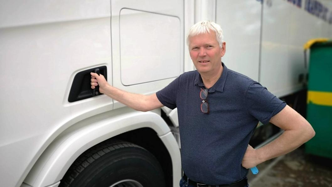 Daglig leder i Sørum Transport AS, Harry Nilsen, mener det er mye å tjene på å øke tillatte totalvekter på lastebiler og vogntog i Norge - både bedriftøkonomisk og samfunnsøkonomisk.