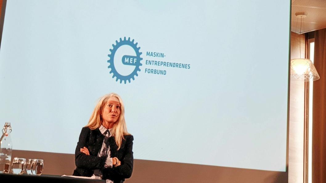 KLAR OPPFORDRING: MEF og adm. direktør Julie Brodtkorb ber kommunene om å satse på vedlikehold av infrastruktur. Budskapet kom frem under Arendalsuka 2019.