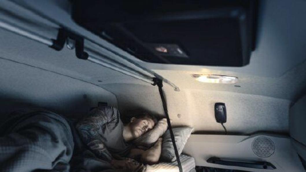 Dometic har kommet med et lavtbyggende kjølesystem, SPX 1200T for klimakontroll i førerhuset når sjåføren hviler.