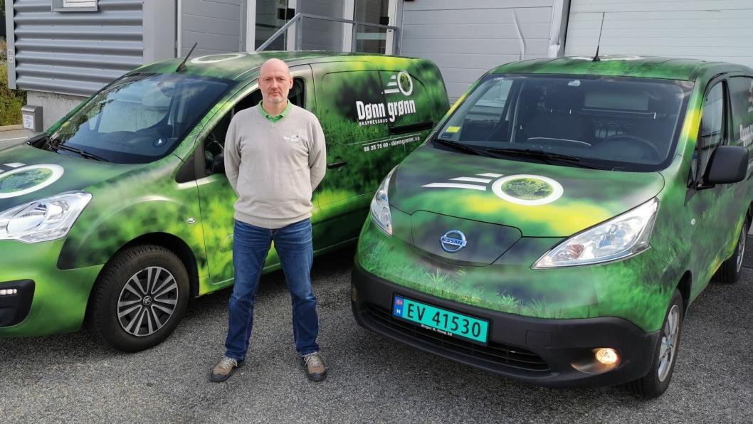 Dønn Grønns elektriske budbiler er lett gjenkjennelige i bybildet. Nå kommer de også til Bergen, anført av Daglig leder Per Osberg i Sporvice AS i samarbeid med Transport-Formidlingen som eier varemerket Dønn Grønn.