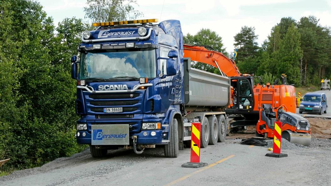 Østfold-entreprenøren Bergquist Maskin og Transport AS har driftskontrakt med Statens vegvesen området Østfold nord.